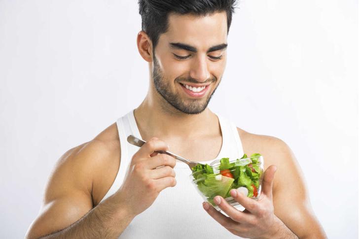 Фото №1 - Веганская диета сделает тебя «белым мужланом», утверждает исследование