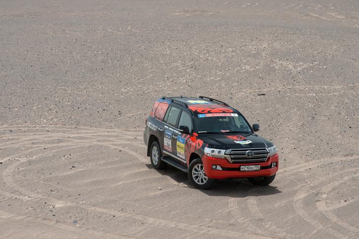 Фото №94 - В пекло и обратно: пытаемся проверить, что умеет Toyota Land Cruiser