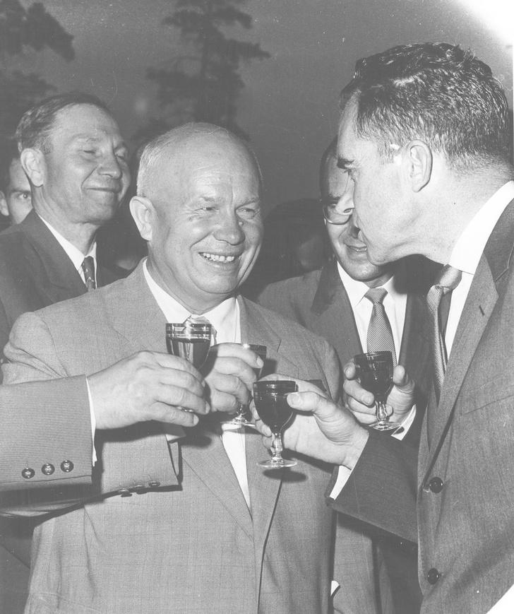 Хрущев и Никсон
