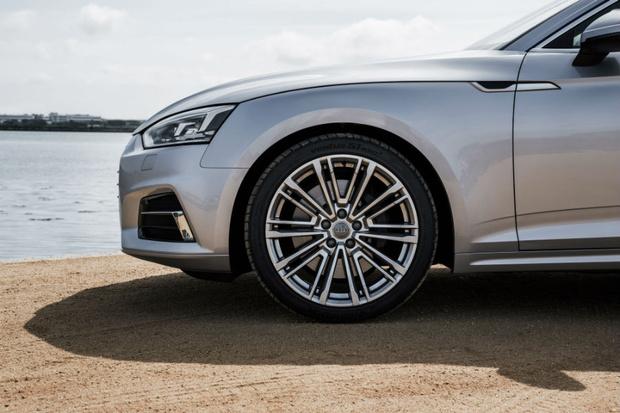 Фото №4 - Быстрее, выше, сильнее: спортивные новинки  Audi A5 и Audi S5 Coupé