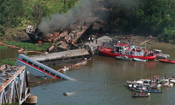 Фото №15 - Самые впечатляющие фото железнодорожных катастроф