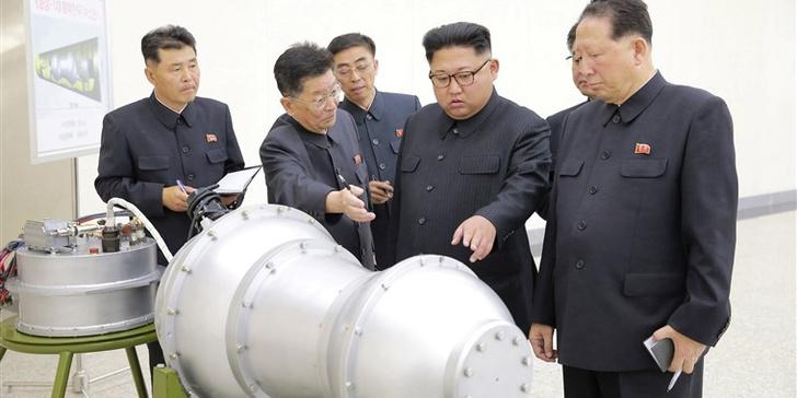 Фото №1 - ЦРУ: Северная Корея не избавится от ядерного оружия, зато откроет бургерную