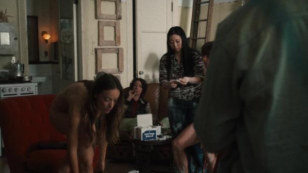 Фото №6 - Скромная Оливия Уайлд полностью обнажилась в сериале «Винил»