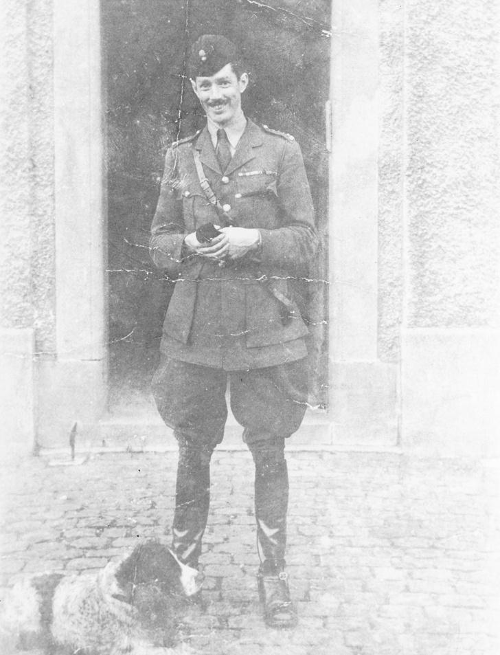 Молодой Эрнест Хемингуэй (1920 г)