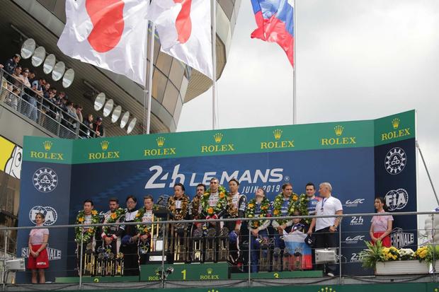 Фото №1 - Российская команда SMP Racing заняла 3-е место в легендарной гонке «24 часа Ле-Мана»