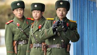 Бежавшего из Северной Кореи военного пожизненно обеспечили Choсo Pie