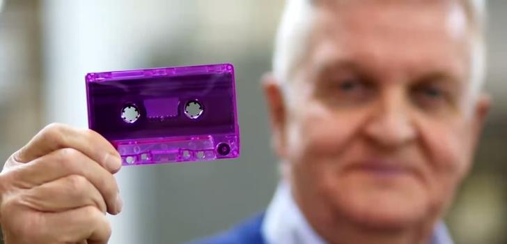 Фото №1 - Единственный оставшийся производитель аудиокассет в мире процветает!