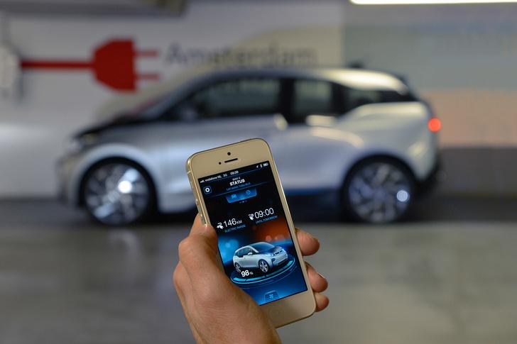 Фото №3 - Первый в мире BMW, работающий от розетки