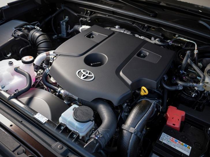 Фото №5 - Toyota Fortuner: с октября на всех бездорожьях страны!