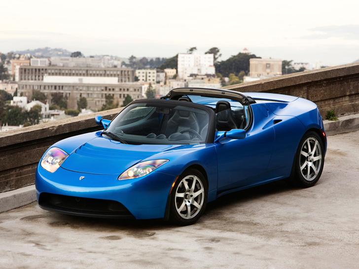 Фото №2 - Tesla представила новый спорткар, и он слишком быстр для этой планеты