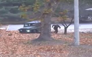 Северокорейскиий военный дерзко бежит в Южную Корею, и это выглядит как шпионский боевик (ВИДЕО)