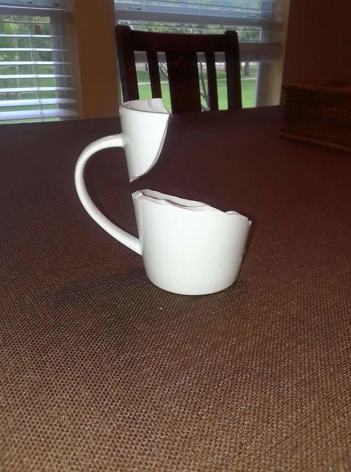 Удачно разбитая чашка