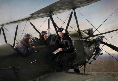 26 раскрашенных фотографий советских солдат Великой Отечественной