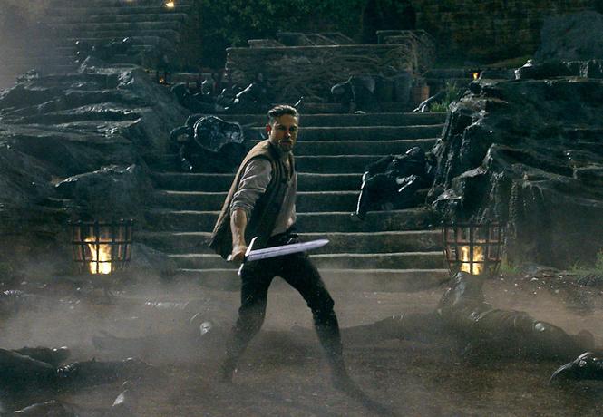исчерпывающий финальный трейлер меча короля артура хорош