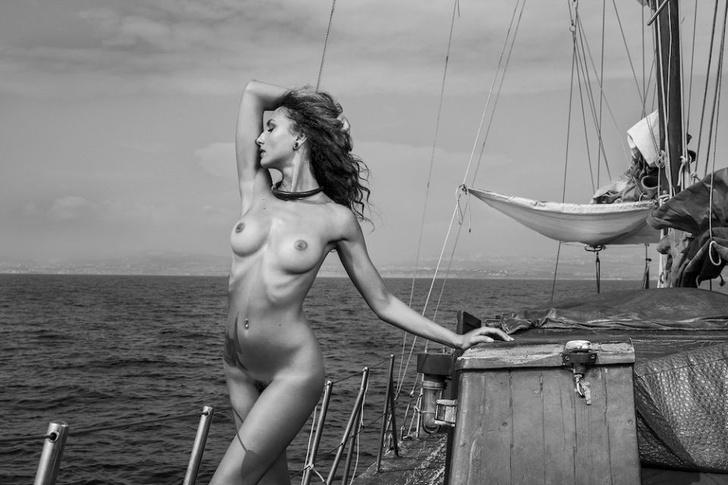 Фото №5 - Французский эротический журнал опубликовал две съемки, мимо которых мы не смогли пройти