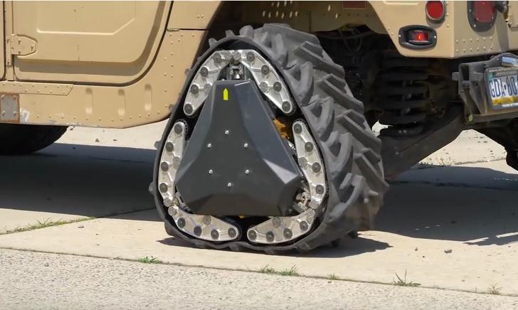 Фото №1 - Американские военные изобрели треугольное колесо! (прямоугольное ВИДЕО)
