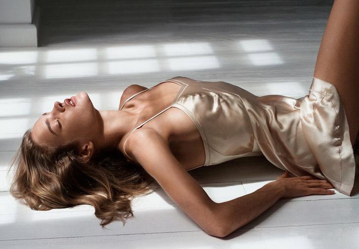 Фото №1 - Самая откровенная реклама Calvin Klein всех времен