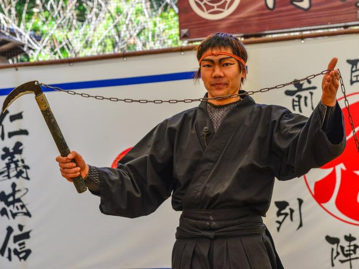 Фото №1 - В японском городе Ига критический дефицит ниндзя. Власти в панике