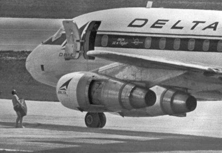 Фото №1 - История одной фотографии: угон самолета в июле 1972 года