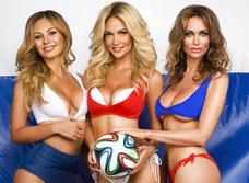 Красавицы и кубок. Жены футболистов  сборной России позируют и желают победы!