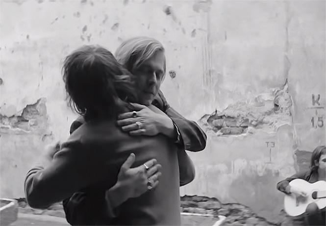 Фото №1 - Сева Новгородцев и Андрей Тропилло в трейлере продолжения «Лета»