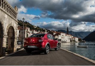 Renault Logan Stepwaу: каршеринг минус