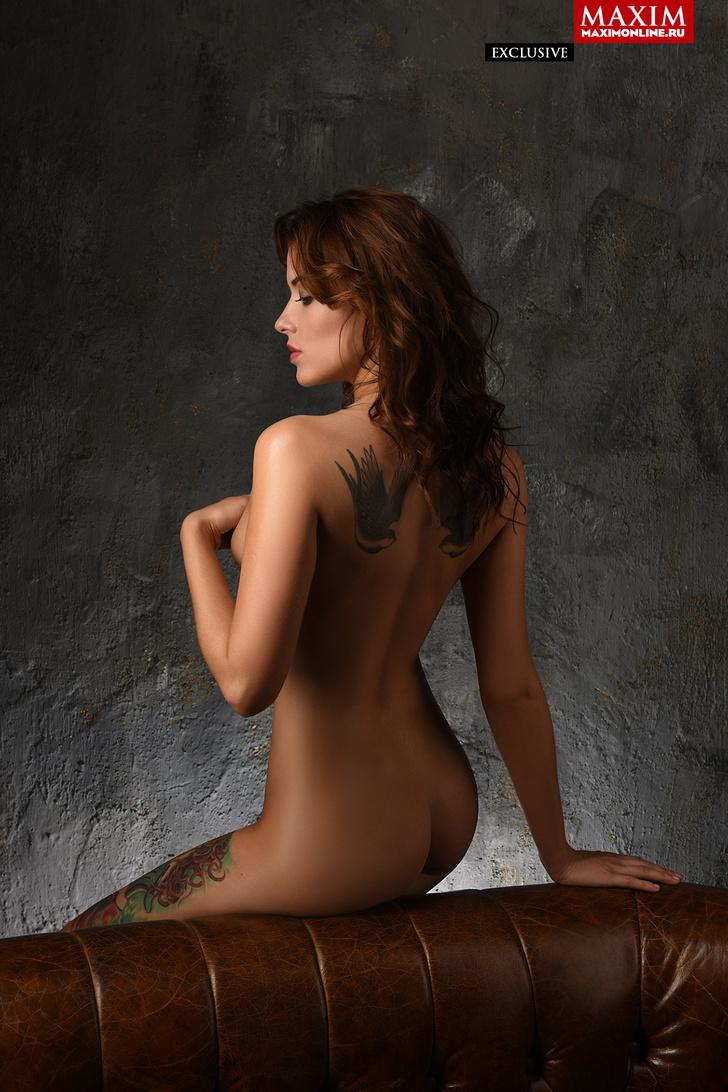 Фото №4 - Модель Кристина Нуар: «Заграничные заказчики предвзято относятся к татуировкам — недавно Милан отказал из-за тату»