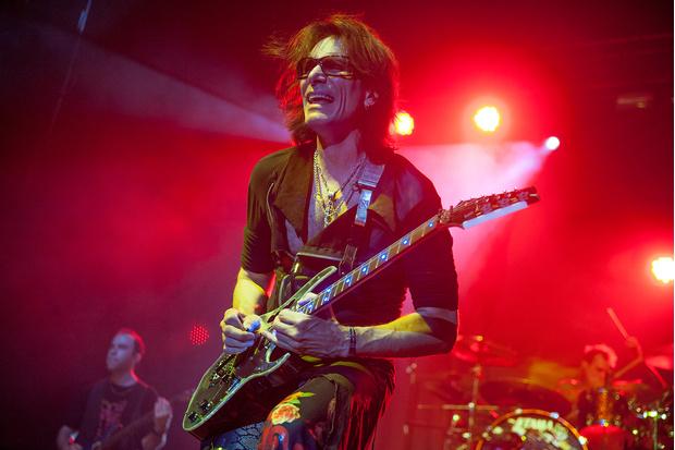 Фото №1 - Легендарный гитарист-виртуоз Стив Вай: «Я могу почесать спину в таких местах, о которых обычные люди даже и не мечтают»