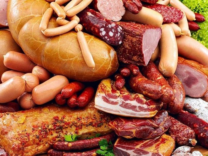 Фото №1 - Правительство хочет ввести сборы с продаж колбасы и сосисок, Минздрав одобряет