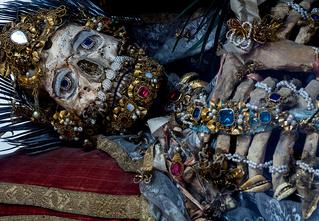 Жертвы требуют красоты! Прекрасная в своей дикости коллекция нарядных скелетов
