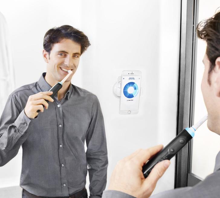 Фото №1 - Недетские щетки Oral-B научат тебя чистить зубы