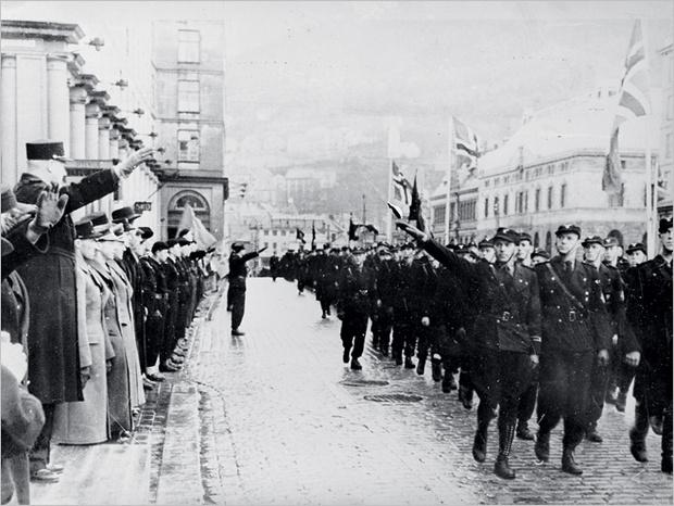 Внешне норвежцы смирились с оккупацией. Парад 1942 года
