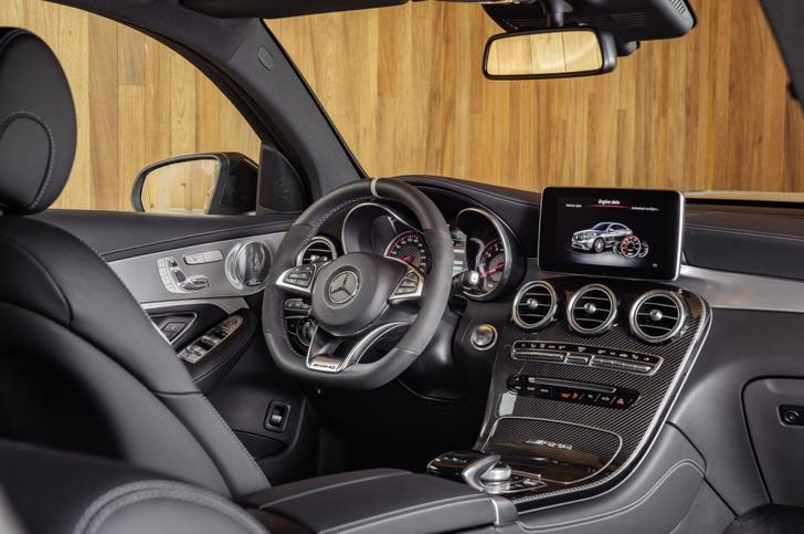 Фото №9 - Mercedes-AMG представила самые быстрые кроссоверы в мире