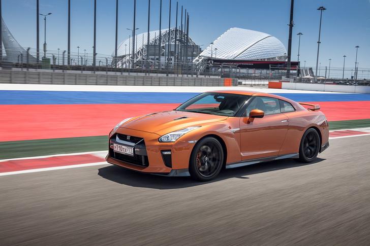 Фото №3 - Nissan GT-R: Годзилла возвращается