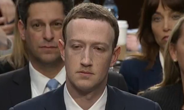 Фото №1 - Мемы и шутки о выступлении Марка Цукерберга перед Конгрессом США