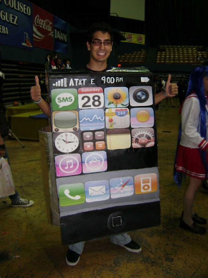 Фото №8 - Самые нелепые примеры косплея iPhone в истории!