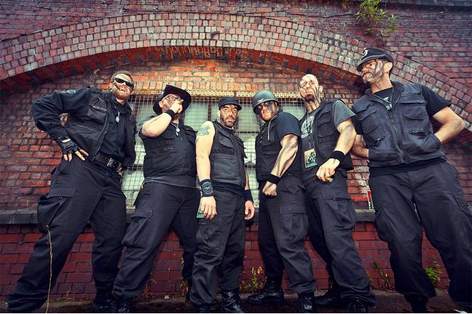 Рок-группа во славу Шварцнеггера
