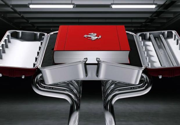 Фото №1 - Эта книга об истории Ferrari стоит дороже, чем средний автомобиль