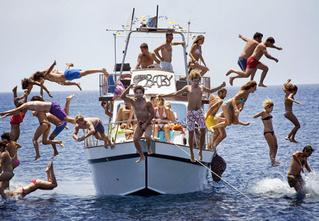 Как провести отпуск на яхте, не влезая в ипотеку