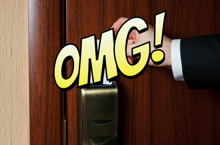 Фото №1 - Лайфхак путешественника: что нужно сделать, чтобы в номере всегда был свет даже без карточки-ключа