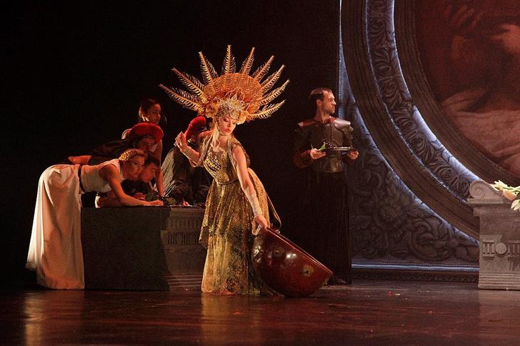 Фото №3 - «Калигула» без слов в Московском Губернском театре