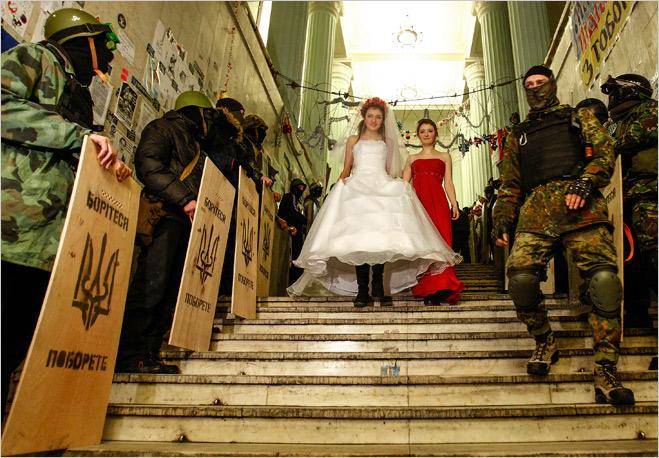 Фото №30 - Ненасильственное сопротивление: как правильно троллить власть, подтачивая ее основание