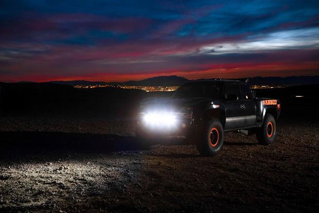 Фото №3 - Лауреат Нобелевской премии создал лазерные фары для автомобиля