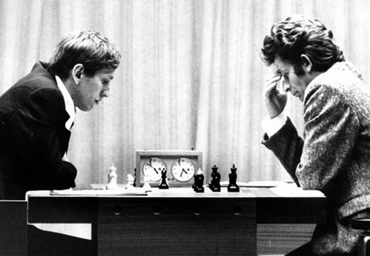 Фото №1 - Советский разведчик объяснил, почему Спасский проиграл американцу Фишеру в легендарном матче 1972 года