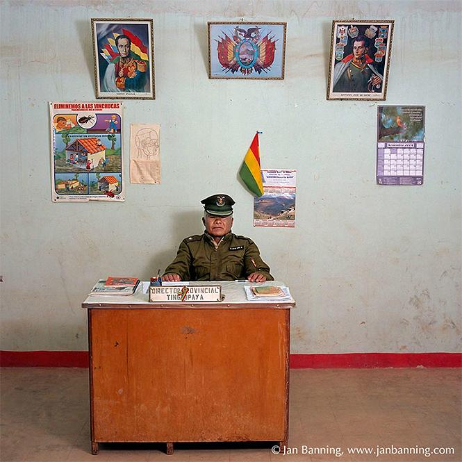 Фото №12 - Как выглядят кабинеты чиновников и служащих в разных странах