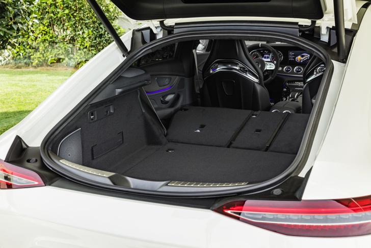 Фото №5 - Mercedes-AMG представляет ошеломительно быстрый гран-туризмо GT 4‑Door Coupe