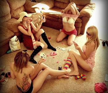 Раздевать девушек и занимаца сексам игра фото 193-668