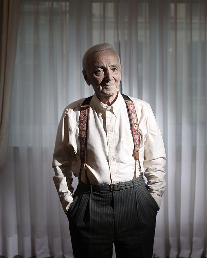 Фото №2 - Шарль Азнавур: «Я всем говорю правду. Могу себе позволить— в моем-то возрасте»