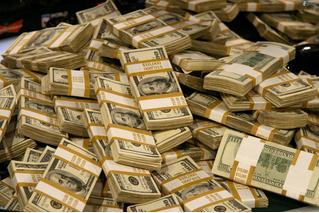 Американский финансист предсказывает сильное удешевление доллара в следующие пять лет