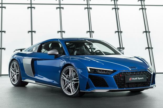 Фото №17 - Главный суперкар Баварии обновили. Мы об Audi R8, если что